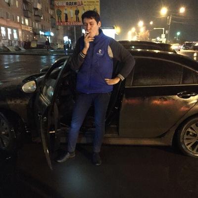 Денис Ахметжанов