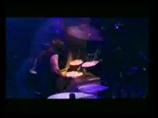 Dio (R.I.P) - Holy Diver (live) Не стало легендарного Ронни Джеймса Дио. Спи с миром...