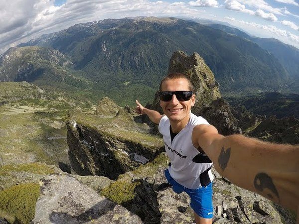 Живот на ръба - Изкачване на връх Злия зъб (2678 метра) и връх Двуглав в Рила планина 2017г