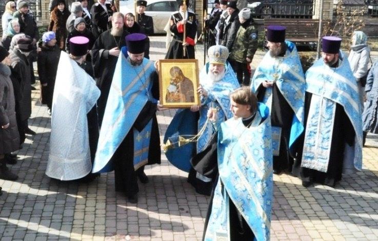 В Зеленчукском районе побывает икона Пресвятой Богородицы