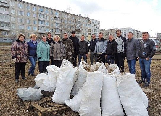 Депутаты Городской Думы на субботнике