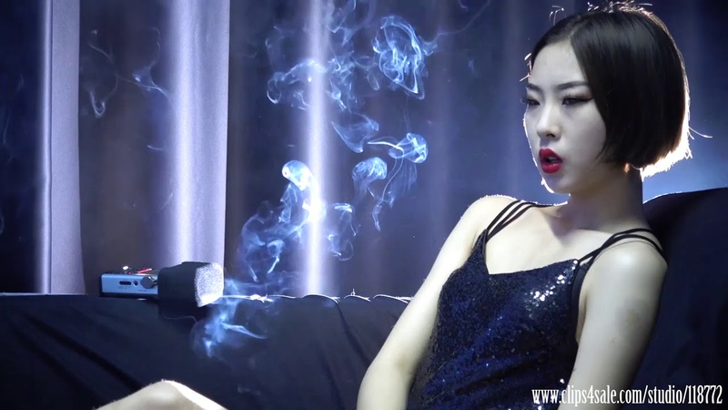 Asian Smoking Girl Saosao The Top Standard Heavy Smoking Sexy Girl