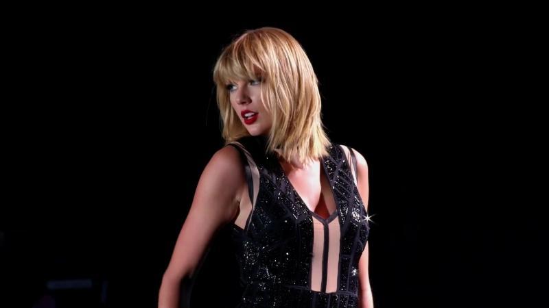 Taylor Swift - Style (USA GP 2016)