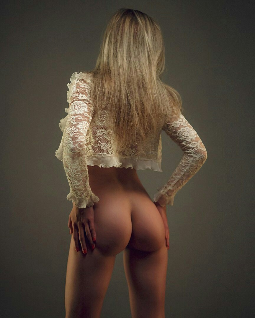 Uk naked wife pics