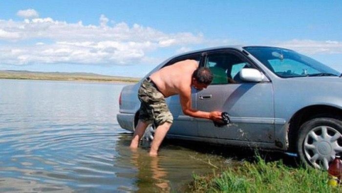 В Марий Эл за мойку машины на водоеме могут оштрафовать на круглую сумму?