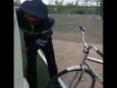 Предъявите ваши документы Полицейский в Астане требовал показать документы на велосипед