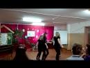 Девчата порадовали танцем