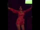 Куколка танцует