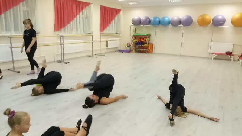 Прыжок с катка. Тренируем прыжки. Детский театр Танца и СветоТени Plazma. Студия Пируэт. Петрозаводс