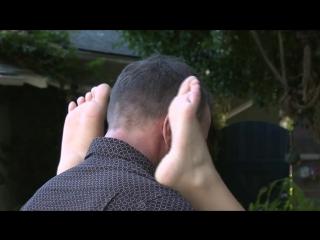Nicole Aniston foot feet