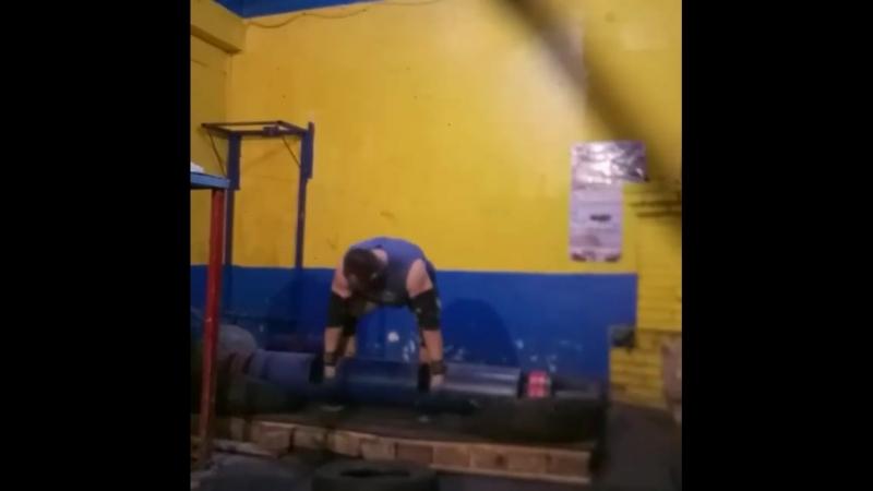 Михаил Ходяков (Украина), бревно - 155 кг на 2 раза (полным циклом)💪