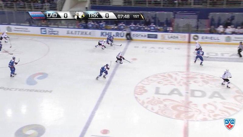 Моменты из матчей КХЛ сезона 14/15 • Гол. (1:0). Гурьянов Денис (Лада) забросил шайбу и открыл счет в матче. 25.10