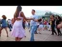 танцуют парни и девушки красиво_Вдох выдох
