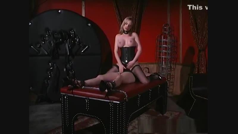 Mistress Anna Mills tickle tortured Alsana Sin