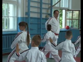 В секции косики карате г. Комсомольское прошли экзамены на ученические степени (кю) с присуждением очередных цветных поясов