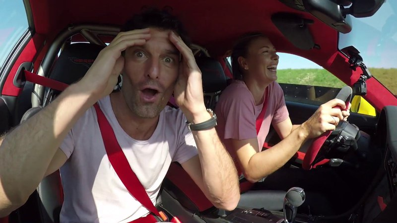 Maria Sharapova Mark Webber in a 911 GT2 RS - Fast laps on the Porsche test track in Weissach