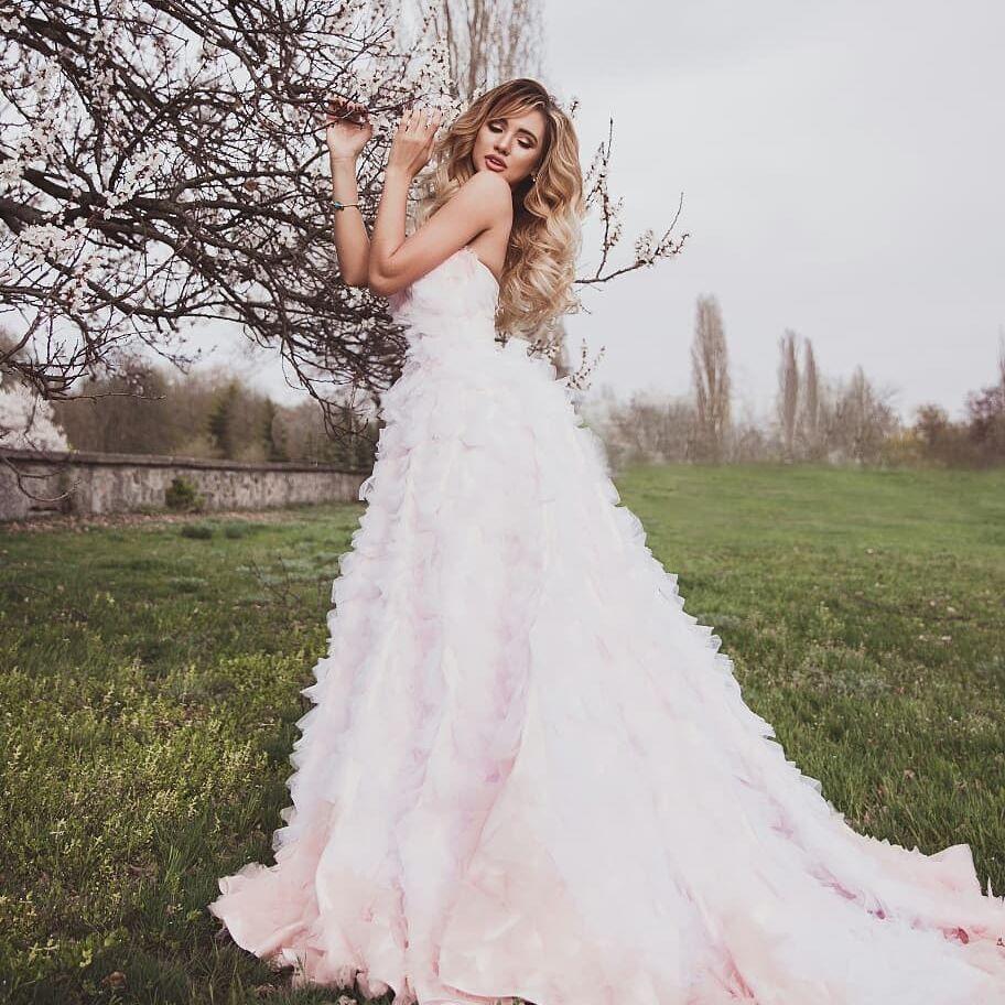 Bachelor Ukraine - Season 9 - Nikita Dobrynin - Contestants - *Sleuthing Spoilers* Ks9sJszw3CM