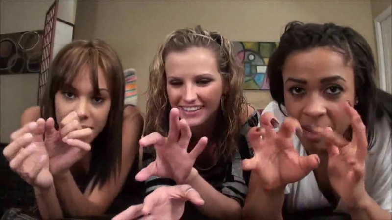 3 Girls Feet Pose Shows Tickle Torture The Camera