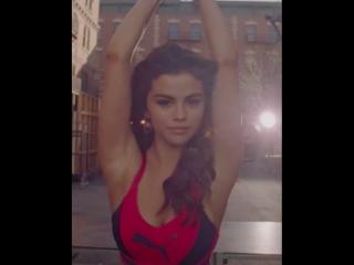 Selena Gomez in PUMA Amp XT