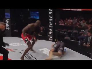 #PFL7 Sadibou Sy defeats Caio Magalhães via KO/TKO at 2:06 of Round 1