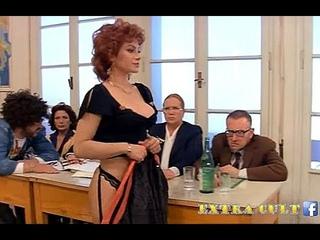 L'ESAME DI CARMEN RUSSO....😍 Mia Moglie Torna a Scuola Il meglio di Renzo Montagnani