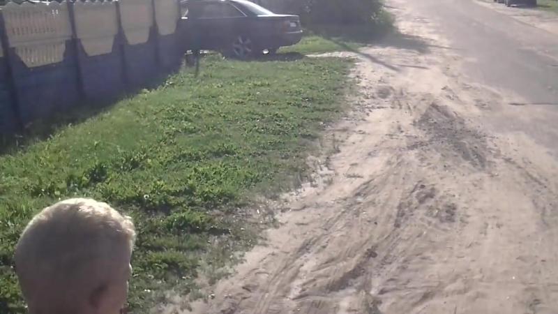 [Николай Блохин д.Моторово] Артём На СКУТЕРЕ и сосед Даник на BMW 08.07.2016г
