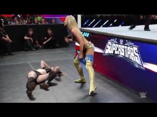 Paige VS Summer Rae