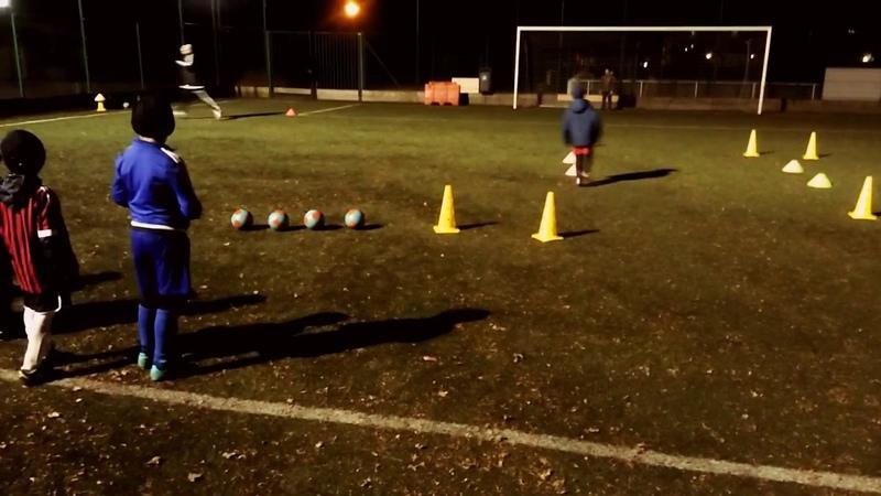 Training football : Jeu de corps tir au but U6-U7 us Roissy en France 16-12-2016