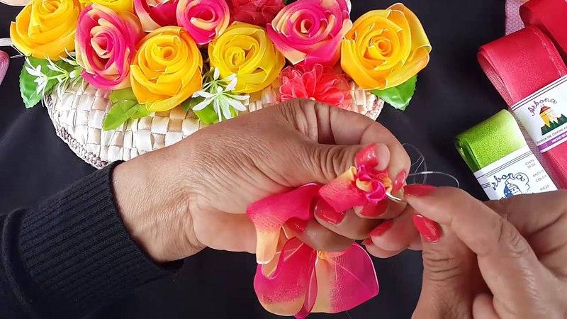 Canasta Con Rosas