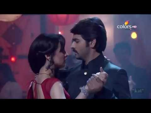 Sanaya Irani Ashish Sharma (Rangrasiya) - You and I