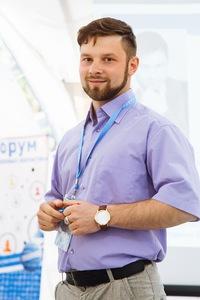 Денис Поничев