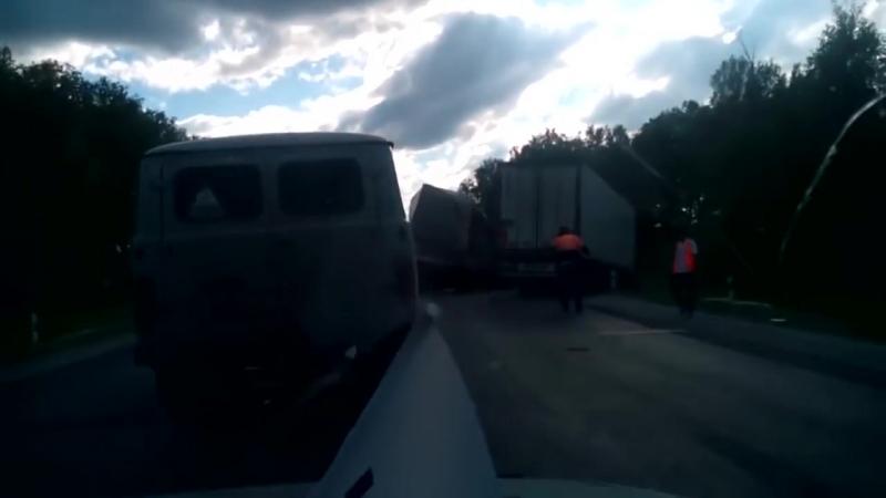 Авария со смертельным исходом произошла на трассе Новосибирск‐Омск