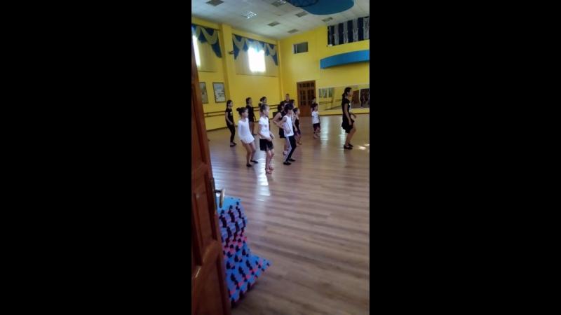 Икоша танец Алекс