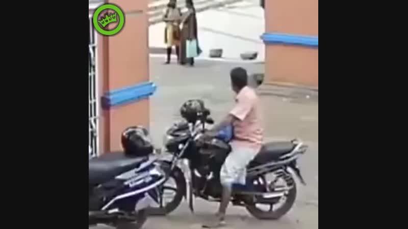 Норм припарковался