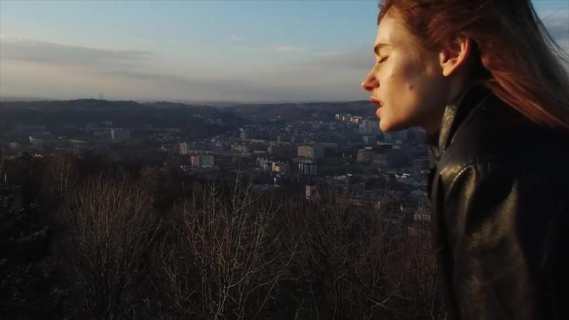 ЛУНА - Поцелуи
