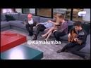 Cepeda Derrama la infusión de Agoney. Raoul le ofrece 2 veces su Té a Agoney (@Kamalumba) 20-11-17