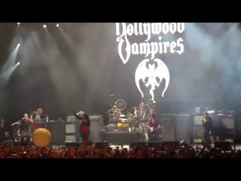 HOLLYWOOD VAMPIRES (8) - School's Out, 30.05.2018