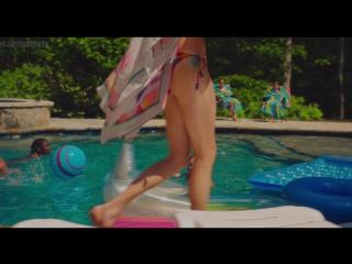 Сексуальная Сара Райт (Sarah Wright) в фильме Сделано в Америке (American Made, 2017, Даг Лайман) 1080p