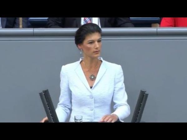 Das ist doch krank! - Sahra Wagenknecht hält Bundeskanzlerin Merkel mächtige Standpauke