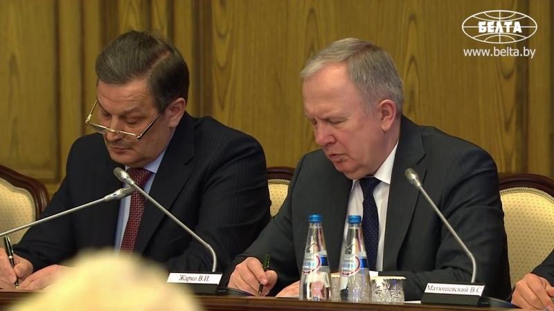 Лукашенко критикует правительство за работу по созданию высокопроизводительных рабочих мест