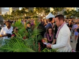 On The Red Carpet_ Alex OLoughlin - Your iPhone Dont Work #H50 #MagnumPI #F