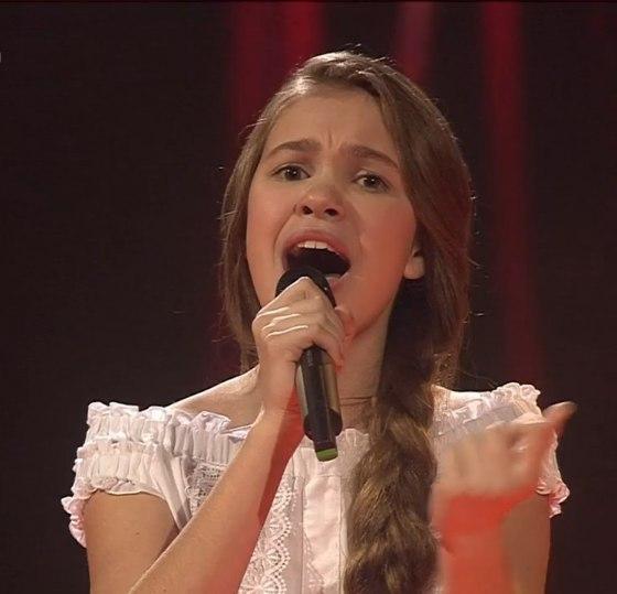 Анастасия Гладилина - Ой, да степь широкая финал Голос Дети 5