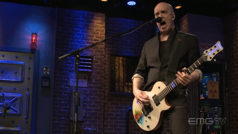 Devin Townsend performs Kingdom for EMGtv