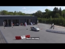 Watch Seb and Kimi take on a driving challenge...with a difference! ShellDualDrive