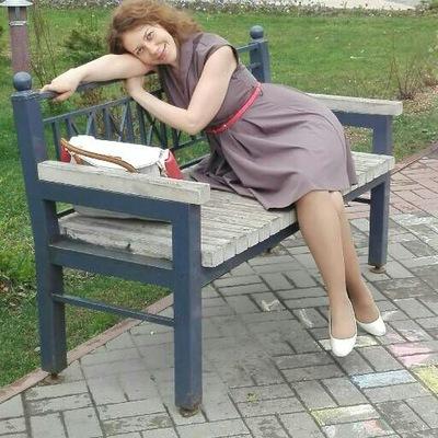 Леля Карякина