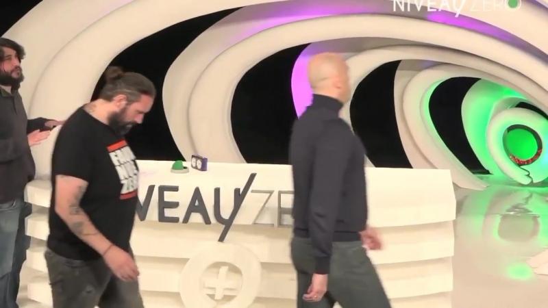 Daniel Conversano vs Alain Soral Gauche du travail, Droite des valeurs !