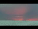 Розовый закат и теплый вечер