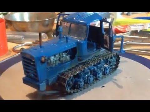 Радиоуправляемая модель трактора ДТ-75