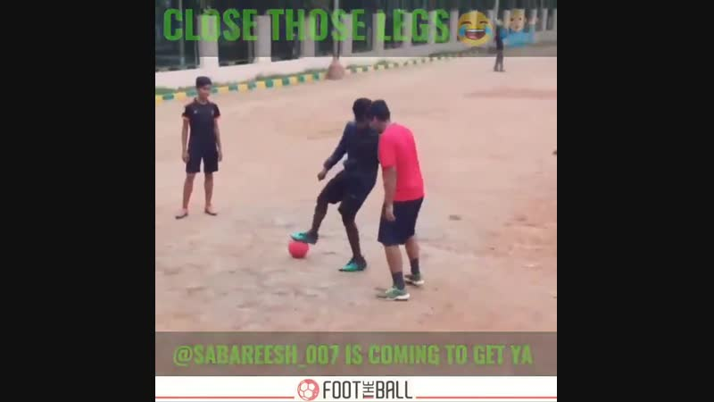 Count em nutmegs NOW! - via @sabareesh_007 - - nutmeg panna skills football soccer Golazo FootTheBall HereToCreate NIKEFOOTBALL