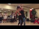 Daniel y Desiree Bachata Sensual Smack that Akon ft. Eminem